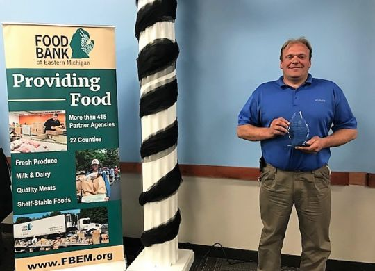 Mike VanOoteghem Farms Fresh Leadership Award